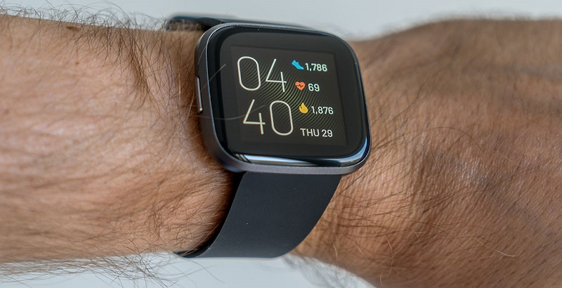 Fitbit Versa 2 always on display